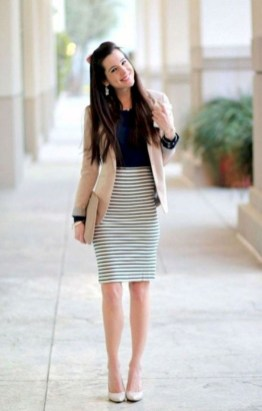Fashionable Work Outfit Ideas To Try Now27