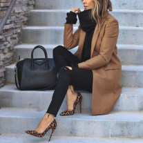 Flawless Outfit Ideas For Women22