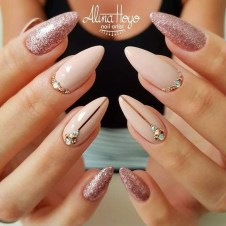 Inspiring Nail Art Ideas For Wedding Party23
