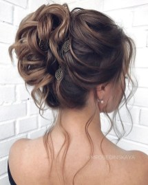 Rustic Hairstyle Ideas For Wedding11