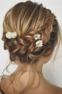 Rustic Hairstyle Ideas For Wedding36