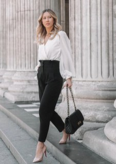 Stylish Outfits Ideas For Professional Women02