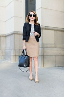 Stylish Outfits Ideas For Professional Women30