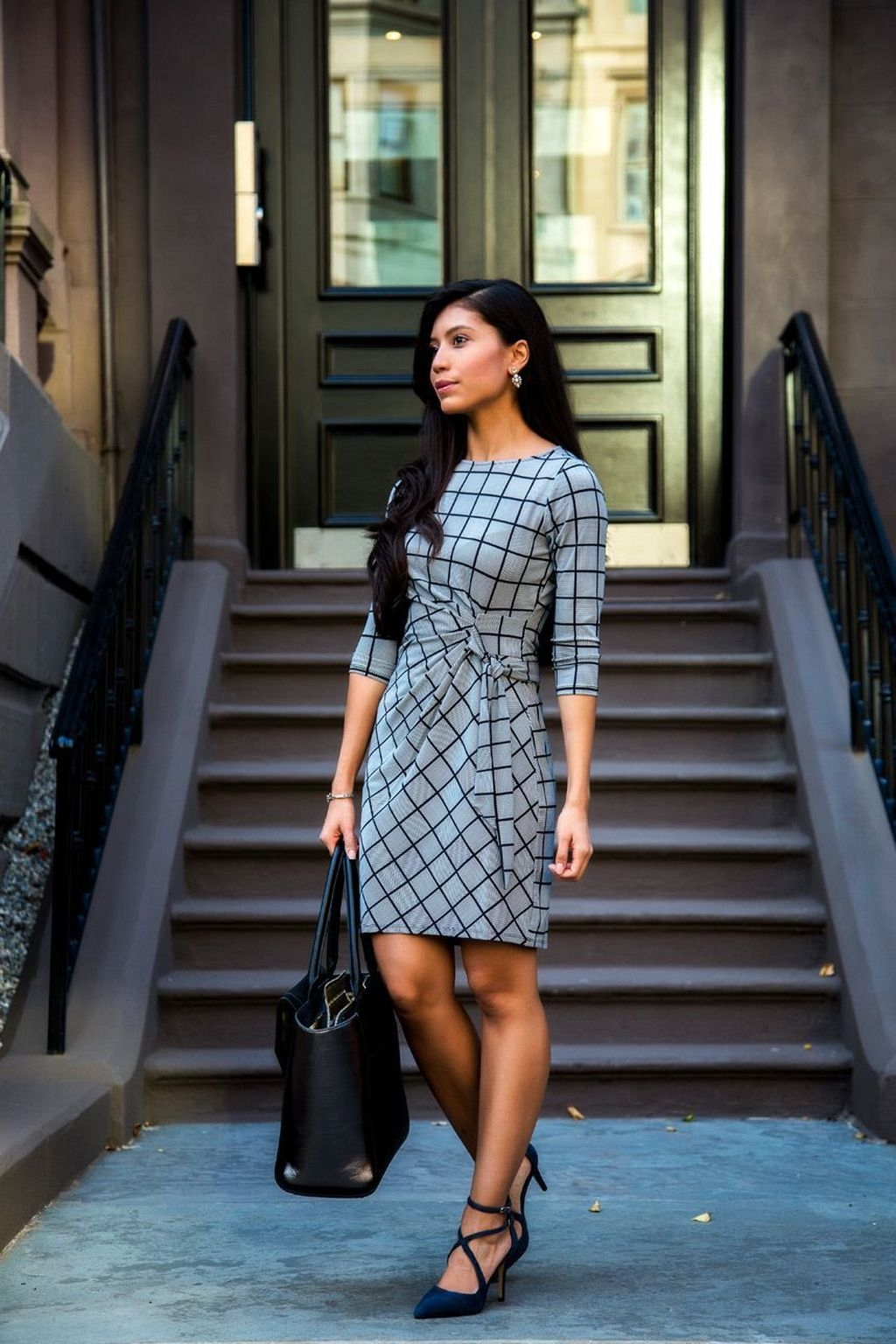 Stylish Outfits Ideas For Professional Women35