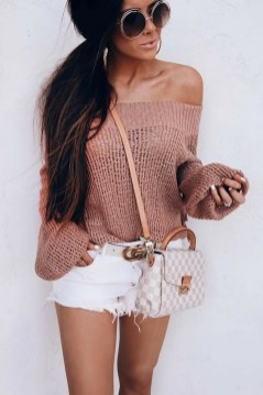 Affordable Women Outfit Ideas For Summer With Sweaters12