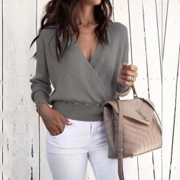 Affordable Women Outfit Ideas For Summer With Sweaters37