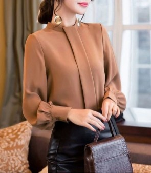 Charming Winter Outfits Ideas To Go To Office08