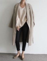 Charming Winter Outfits Ideas To Go To Office25