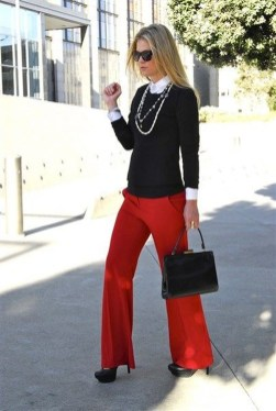 Charming Winter Outfits Ideas To Go To Office36