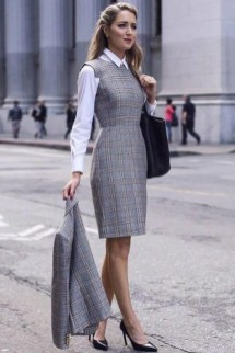 Creative Work Outfits Ideas For Womens28