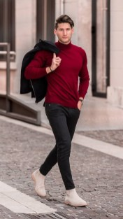 Elegant Winter Outfits Ideas For Men21