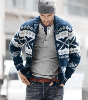Elegant Winter Outfits Ideas For Men33