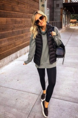 Fancy Work Outfits Ideas With Black Leggings To Copy Right Now24