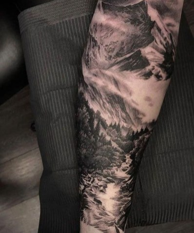 Gorgeous Arm Tattoo Design Ideas For Men That Looks Cool36