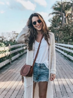 Gorgeous Summer Outfit Ideas With Cardigans For Women12