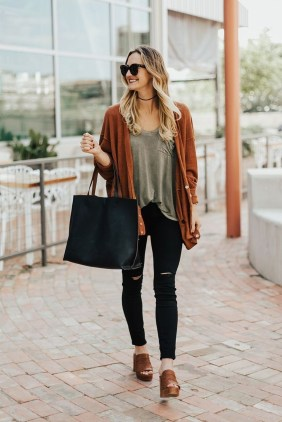 Gorgeous Summer Outfit Ideas With Cardigans For Women16
