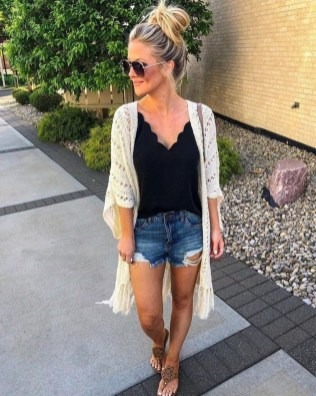Gorgeous Summer Outfit Ideas With Cardigans For Women26