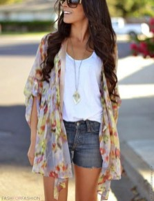 Gorgeous Summer Outfit Ideas With Cardigans For Women29