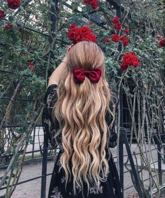Latest Wavy Long Hair Styles Ideas For Blonde Females 201926