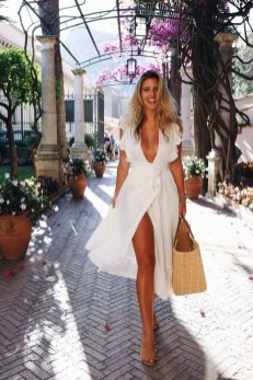 Modern Summer Outfits Ideas That You Can Try Nowadays23
