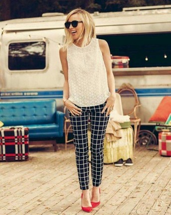 Unique Office Outfits Ideas For Career Women12