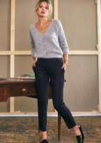 Attractive Spring And Summer Business Outfit Ideas For Women22