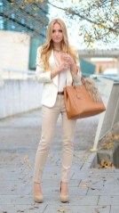 Attractive Spring And Summer Business Outfit Ideas For Women35