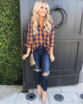 Charming Outfit Ideas That Perfect For Fall To Try15