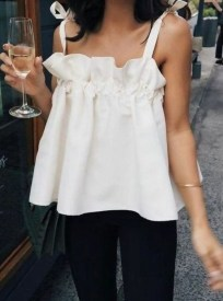 Comfy Tops Ideas That Are Worth For Girls20