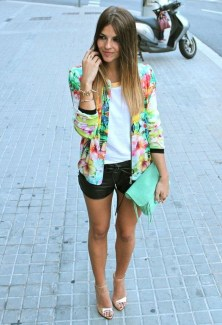 Cozy Combinations Ideas With Floral Blazers You Must Try27