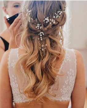 Elegant Wedding Hairstyle Ideas For Brides To Try33