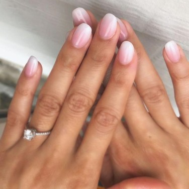 Fashionable Pink And White Nails Designs Ideas You Wish To Try16