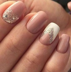 Fashionable Pink And White Nails Designs Ideas You Wish To Try38