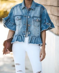 Flawless Outfit Ideas How To Wear Denim Jacket39