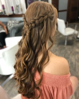 Gorgeous Prom Hairstyles Ideas For Women You Must Try16