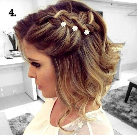 Gorgeous Prom Hairstyles Ideas For Women You Must Try25
