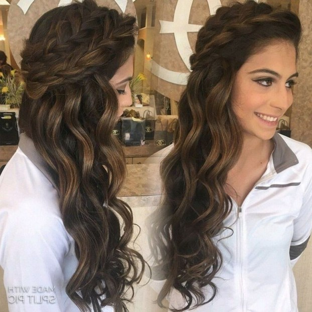 Gorgeous Prom Hairstyles Ideas For Women You Must Try35