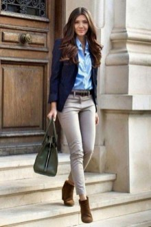 Impressive Spring And Summer Work Outfits Ideas For Women43