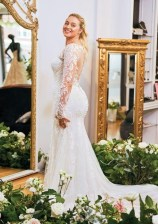 Impressive Wedding Dresses Ideas That Are Perfect For Curvy Brides02