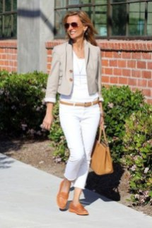 Inspiring Spring And Summer Outfits Ideas For Women Over 4028