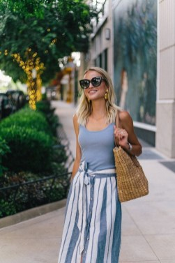Newest Summer Beach Outfits Ideas For Women 201908