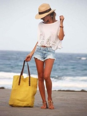Newest Summer Beach Outfits Ideas For Women 201909
