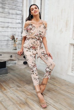 Newest Summer Beach Outfits Ideas For Women 201916