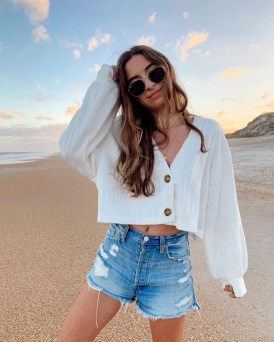 Newest Summer Beach Outfits Ideas For Women 201926
