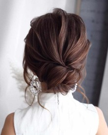 Unique Bun Hairstyles Ideas That Youll Love06