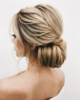 Unique Bun Hairstyles Ideas That Youll Love13