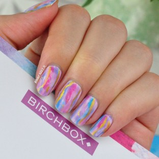 Unusual Watercolor Nail Art Ideas That Looks Cool13