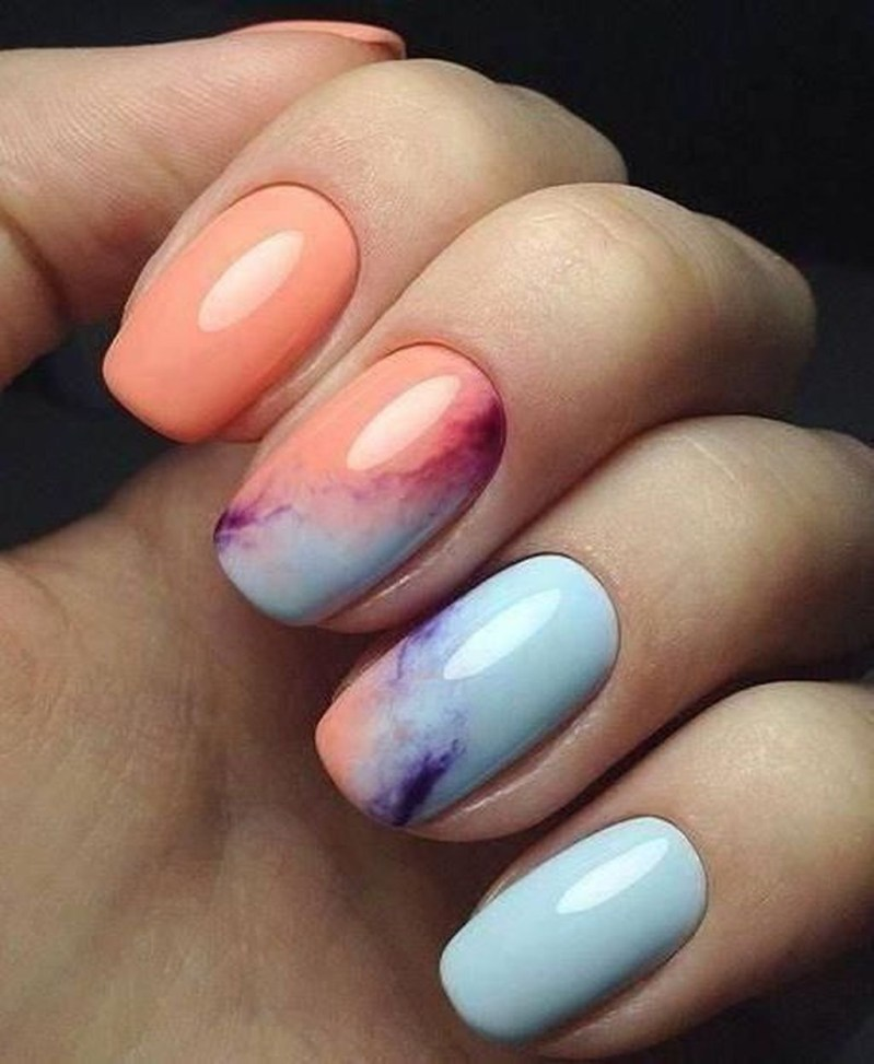 Unusual Watercolor Nail Art Ideas That Looks Cool16