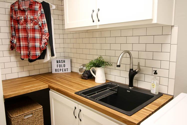 modern farmhouse laundry room remodel