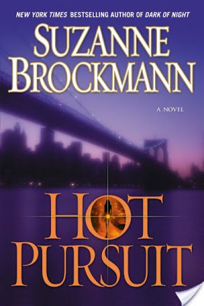 Book Review-Hot Pursuit